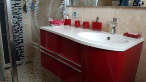 Meuble vasque salle de bain élément rouge