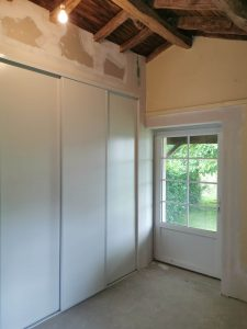 aménagement intérieur portes de placard